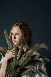 Hunter King and Molly Quinn - Flanelle Magazine December 2020