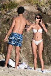 Iris Mittenaere - Beach in St.Barth 12/14/2020