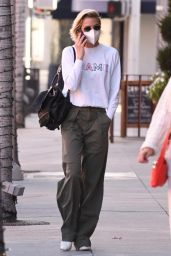 Jaime King in Casual Outfit - Beverly Hills 12/09/2020