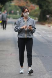 Jennifer Garner - Out in Santa Monica 12/12/2020