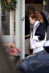 Jess Glynne on Christmas Eve in North London 12/24/2020