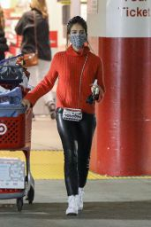 Jessica Alba - Christmas Shopping at Target in Hollywood 12/04/2020