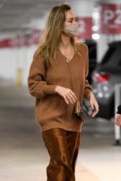 Jessica Alba - Shops at Nordstrom in Century City 12/22/2020