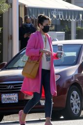 Jordana Brewster - Out in Brentwood 12/03/2020