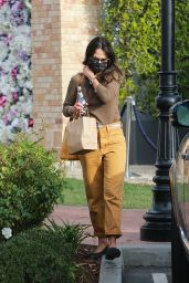 Jordana Brewster - Out in Pacific Palisades 12/11/2020