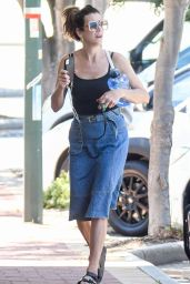 Kate Walsh - Out in Perth 12/20/2020