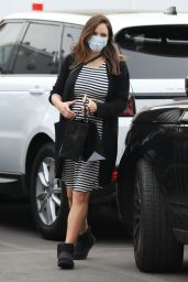 Katharine McPhee - Shopping at XIV Karats Ltd in Beverly Hills 12/23/2020
