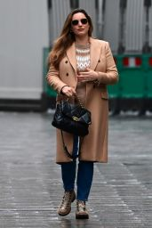 Kelly Brook in a Beige Jumper and Co-Ordinated Jacket - London 12/21/2020