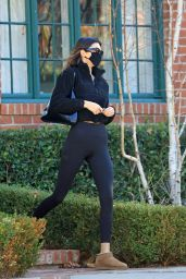 Kendall Jenner – Out in LA 12/14/2020