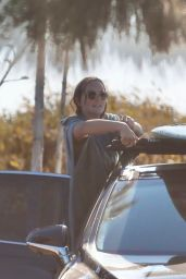 Leighton Meester After a Surfing Session in Malibu 12/09/2020