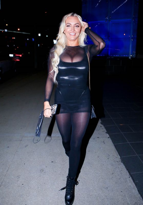 Lindsey Pelas at BOA Steakhouse in West Hollywood 12/27/2020