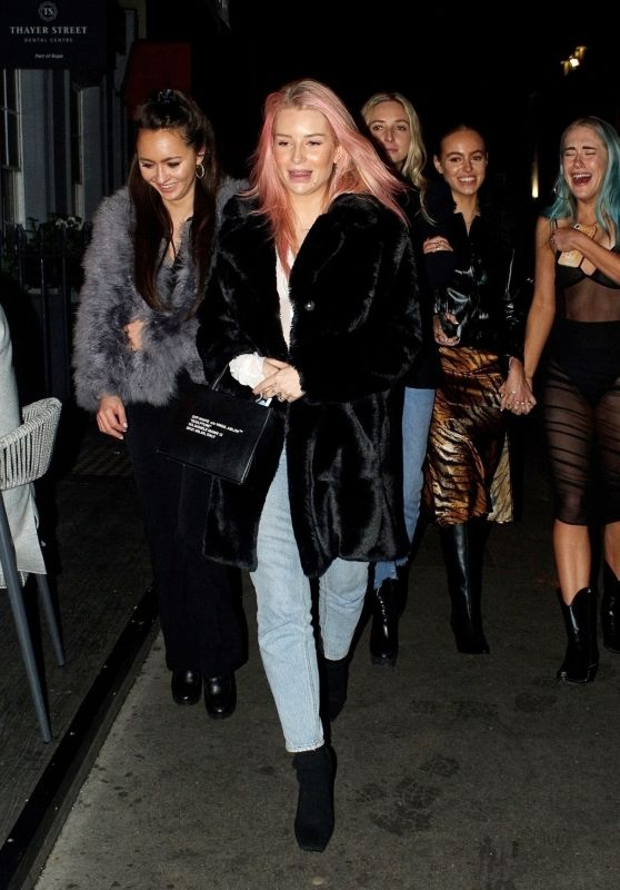 Lottie Moss at Xier Restaurant in London 12/12/2020