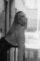 """Maddie Ziegler - """"Riley Taylor"""" Photoshoot December 2020"""