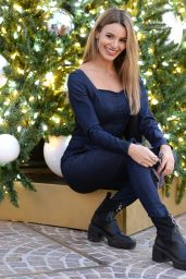Madison Reed - Photoshoot on Rodeo Drive in Beverly Hills 12/23/2020