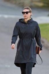 Maria Sharapova - Out in Manhattan Beach 12/18/2020