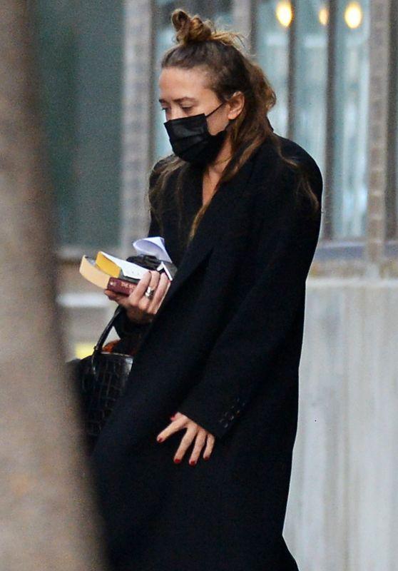 Mary-Kate Olsen - Leaving Her Office in New York 12/15/2020