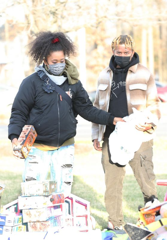 Naomi Osaka - Distributing Free Toys and Gifts to Children Before Christmas Eve in Temple Hills, Maryland 12/23/2020