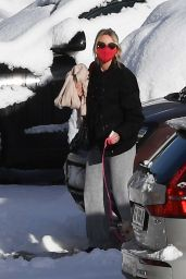Naomi Watts and Liev Schreiber - Arriving at the Ski Resort of Cortina d