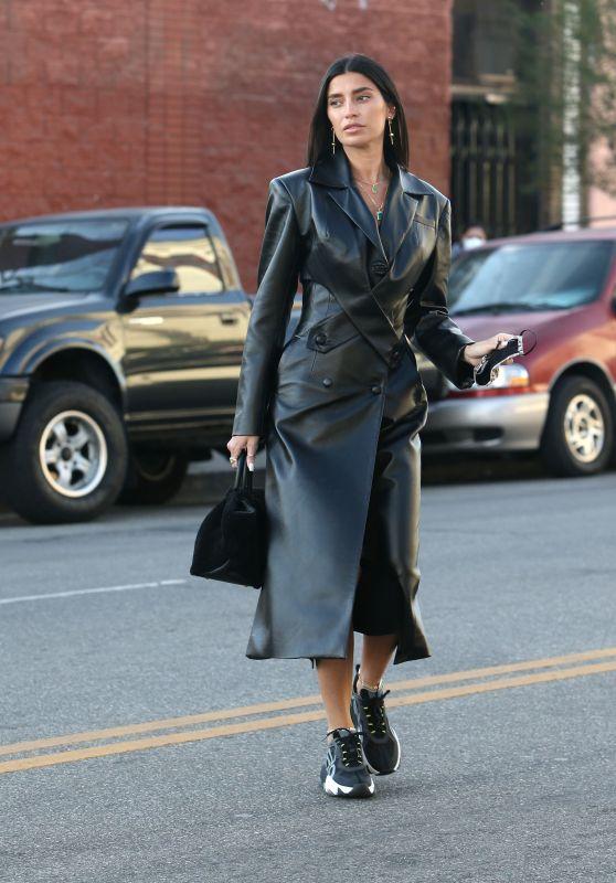 Nicole Williams Street Fashion - Los Angeles 12/22/2020