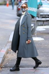 Olivia Palermo Street Fashion - Out in Brooklyn 12/13/2020