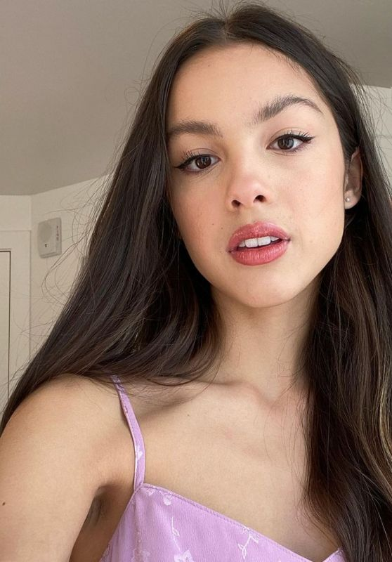 Olivia Rodrigo 12/10/2020