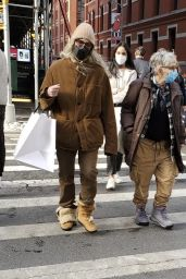 Patti Smith - Last Minute Holiday Shopping Around Manhattan