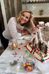 Reese Witherspoon 12/21/2020