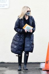 Sarah Michelle Gellar - Out in Brentwood 12/28/2020