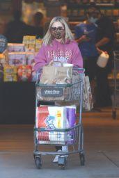 Sarah Michelle Gellar Wearing Def Leppard Sweater - Grocery Shopping in Santa Monica 12/16/2020