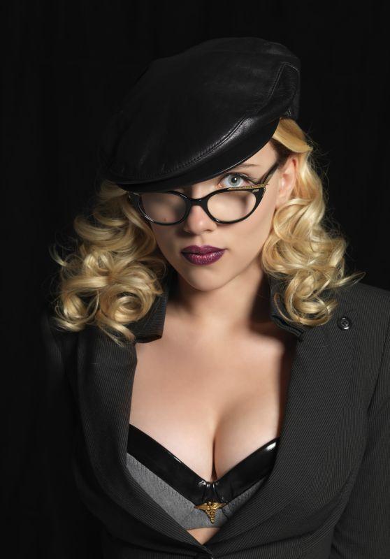 "Scarlett Johansson - ""The Spirit"" Poster Photos"
