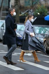 """Sutton Foster – """"Younger"""" Set in NY 12/14/2020"""