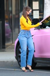 Addison Rae in Casual Outfit - Beverly Hills 01/14/2021