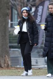 Alessia Cara - Out in Toronto 01/01/2021