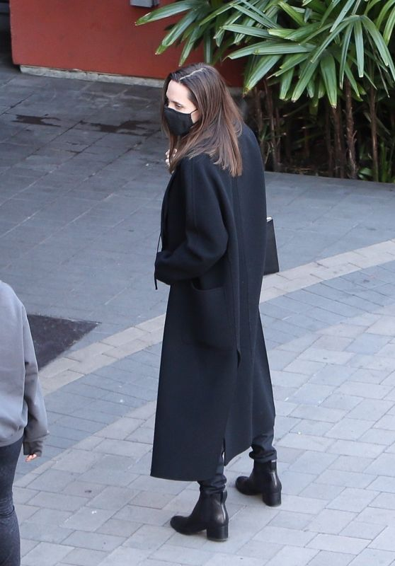 Angelina Jolie in an All-Black Ensemble - Los Angeles 01/16/2021
