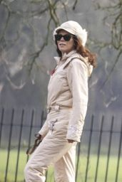 Anna Friel - Out in Windsor 01/15/2021