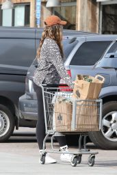 April Love Geary - Grocery Shopping in Malibu 01/06/2021