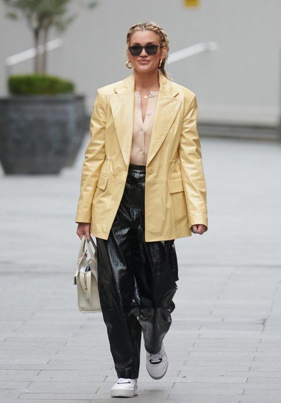 Ashley Roberts Looking Stylish - London 01/08/2021
