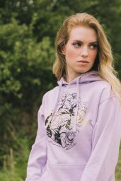 Barbara Dunkleman – Rooster Teeth Merchandise Promo Shoot 2020 (Part VI)