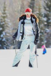 Bella Hadid Winter Style - Aspen 01/03/2021