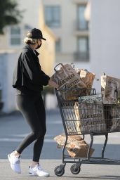 Charlize Theron - Shopping in Beverly Hills 01/04/2021