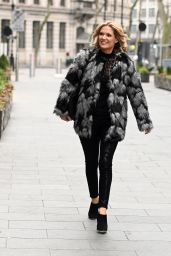 Charlotte Hawkins Street Style - London 01/08/2021