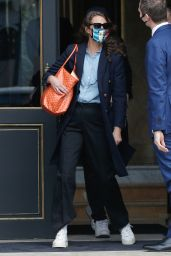 Christy Turlington - Leaving Her Hotel in Paris 01/28/2021