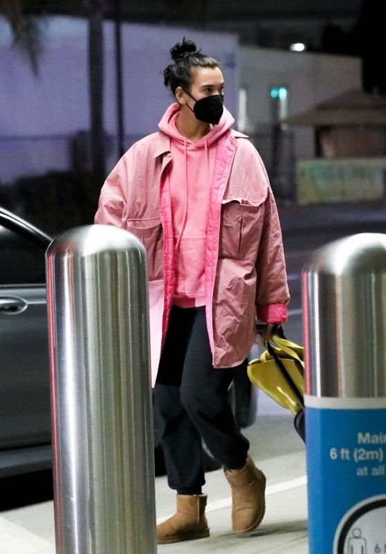 Dua Lipa in Travel Outfit - Arriving at LAX in LA 01/10/2021