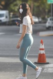 Eiza Gonzales in Liggings - West Hollywood 01/13/2021