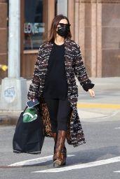 Emily Ratajkowski Street Style - New York 01/14/2021