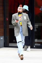 Gigi Hadid - Out in New York 01/15/2021