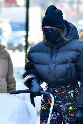 Gigi Hadid - Out in New York City 01/12/2021