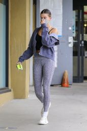 Hailey Rhode Bieber - Out in Los Angeles 01/12/2021