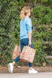 Hayley Roberts in Casual Outfit - Calabasas 01/06/2021