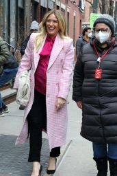 "Hilary Duff on the Set of ""Younger"" in NYC 01/25/2021"